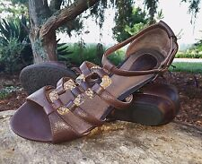 Clarks Artisan 7.5 Low 1 Wedge Heel Brown Leather Gladiator Closed back Reptile