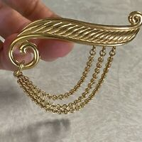 "Vintage Monet Brooch Pin Gold Tone Chain Dangle 3"" Gorgeous Signed"