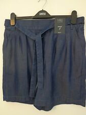 BNWT LADIES M&S COLLECTION RANGE LYOCELL MATERIAL DENIM COLOURED SHORTS SIZE 12