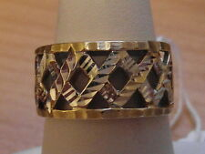 781E VINTAGE LADIES 14CT WHITE AND YELLOW GOLD BAND RING SIZE P 1/2