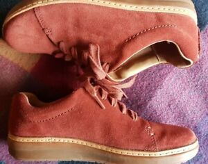 Clarks Artisan Cushion Plus Rust Red Suede Lace Up Trainers 5/38 Worn Once!