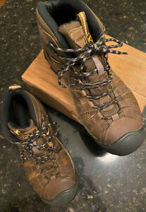 Men's KEEN Targhee Hiking Boots Brown Lace Up Remove Able Foot Bed Size 10.5