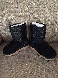 UGG TODDLER T CLASSIC SHORT SEREIN Boots Blk 7