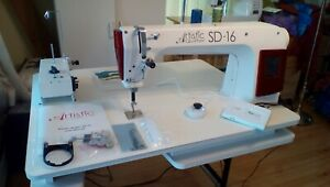 Janome Artistic Quilter SD-16, w/ table, winder, regulator, Weightless Quilter