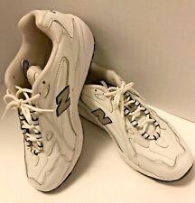 NEW NEVER WORN MENS NEW BALANCE 620 RUNNING SHOE SIZE 10.5 D WHITE W NAVY TRIM