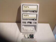 WINROSS HALL'S DOUBLES 1985 TRACTOR /TRAILERS NEW 1:64