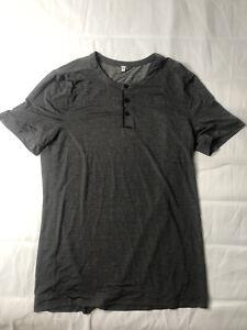 LULULEMON Gray Shirt lightweight Mens Medium