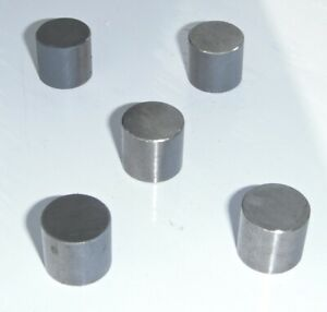 4 X Small Magnets  12mm long 12mm diameter Fairly strong Used  Clean Condition