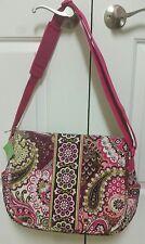 Vera Bradley Messenger Bag Very berry paisley Retired MULTICOLOR pink plum NWT