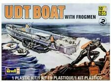 Revell Monogram 1/32 0313 UDT Boat with Frogmen - Model Kit