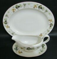 ROYAL DOULTON LARCHMONT GRAVY BOAT WITH STAND & OVAL SERVING PLATE, PLATTER