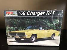 Revell Monogram 1:25 1969 Dodge Charger RT Model Kit Sealed