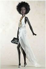 """Nichelle Urban Hipster Barbie Gold Edition """"Model of the Moment""""-NRFB"""