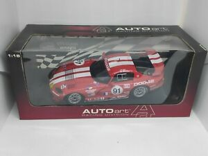 AUTOart Dodge Viper GTS-R Team Oreca 1/18 avec/with Decals Le Mans.