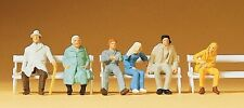 Preiser 14004 Seated Passengers On Benches 00/H0 Model Railway Figures