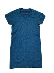 Lululemon Run Swiftly Tech Short Sleeve Top | EUC Size 4 Cerulean Blue Black