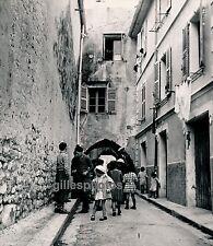 ANTIBES c. 1935 - Enfants dans Vieille Rue - Div 2086