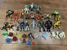 Ben 10 Figures Toy Lot  37 Pieces