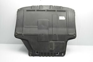 FORD FOCUS III 2011 ONWARDS UNDER ENGINE COVER UNDERTRAY 8A616M001BB BUILD 2015