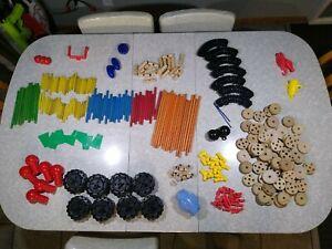 Large Lot Of 278 Tinker Toys