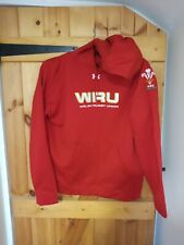 WALES RUGBY UNION RED HOODED TOP BY UNDER ARMOUR SIZE LARGE - NEW