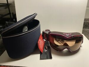 womens girls oakley ski goggles with Tnt case. Purple And Black (1)