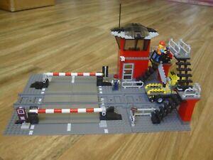 Lego World City Train Level Crossing MOC based on retired set 10128