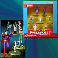 DC Direct PVC Gift Pack Smallville Boxed Set of 7 2-Inch PVC Figures