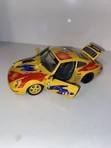 1993 BURAGO PORSCHE 911 CARRERA RACING 1:24 YELLOW