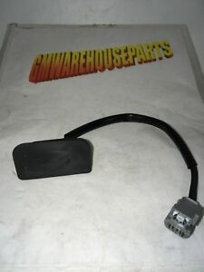 SATURN OUTLOOK TAIL GATE CLOSE SWITCH ON TAIL GATE NEW GM # 23423750