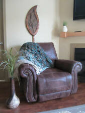 Cozy Crochet Varigated Throw Blanket / Afghan   >
