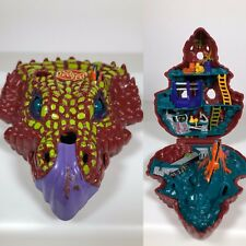 Mighty Max Mutasaurus Playset Compact Dino Labs Doom Zone Bluebird 1993
