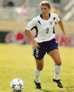MIA HAMM USA WOMEN'S SOCCER 8X10 SPORT PHOTO (BB-2)