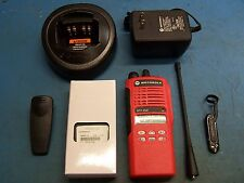 Motorola HT1250 UHF 450-512MHz  128 Channel  AAH25SDF9AA5AN MINT TESTED