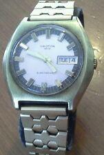 Vintage men's CROTON ELECTRONIC wristwatch, Cal. ESA 9158, needs work