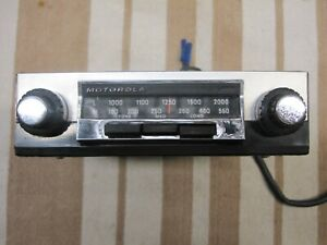 VINTAGE MOTOROLA RADIO - WORKING CONDITION, +/- ground, Jaguar, Triumph, Lotus +