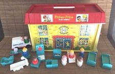 Fisher Price Play Family Children's Hospital #931 Vintage 70's Set Figures