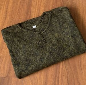 Women's Yak Wool Poncho - Warm Pullover Winter Body Wrap Ladies Army Green Cape