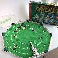 """Collectable """"MIKE ATHERTON'S WORLD CUP CRICKET"""" game. Balls Missing"""