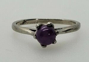 10k white gold solitary Lindy Star Sapphire Ring Size 6