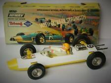 TRI-ANG MINI HI-WAY BOXED 1968 RACING CAR SERIES USAKI JAPAN No.6 WITH DRIVER