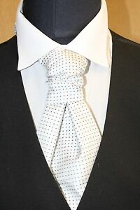 MENS SPOTTED CRAVATS IN VARIOUS COLOURS