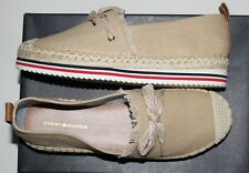TOMMY HILFIGER WOMEN'S CACTUS LIGHT NATURAL FABRIC MOCCASIN US 8.5M
