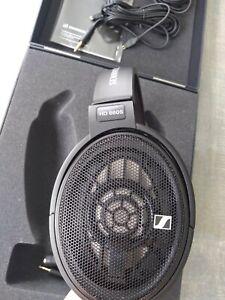 Seinheiser headphones HD660s