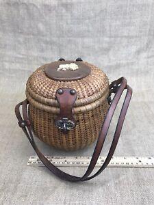 Vintage 1950's Round Nantucket Lightship Basket Purse Leather Straps Lion
