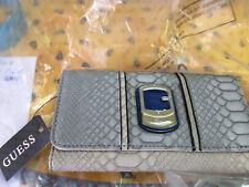 Portefeuille GUESS modèle BUENOS AIRES neuf et étiqueté valeur 75€ bleu
