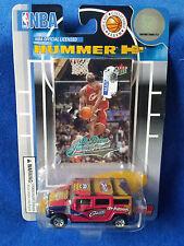 2004 Fleer NBA licensed LeBron James Hummer H2 w/card
