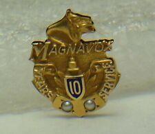 ⭐️Vtg. MAGNAVOX Electronics Co. 10K logo emblem employee service tie/lapel pin