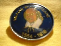 PIN ON METAL BADGE BROOCH ORIGINAL APPROX 4 CM WILLIAM SHAKESPEARE 1564-1616
