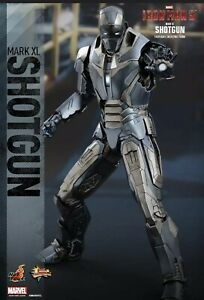 "Hot Toys Iron Man Shotgun Mark 40 1/6 ""Pre Owned"" Avengers"